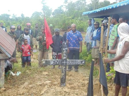 Tempat pemakaman Deni Bahabol