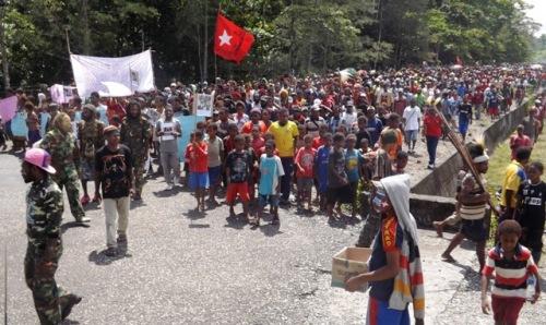 Rakyat Papua di Yahukinmo 4 Maret 2015