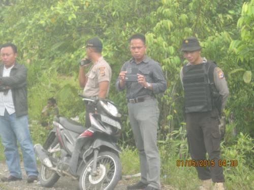 sejumlah militer nkri siaga 1 mei 2015 di yahukimo